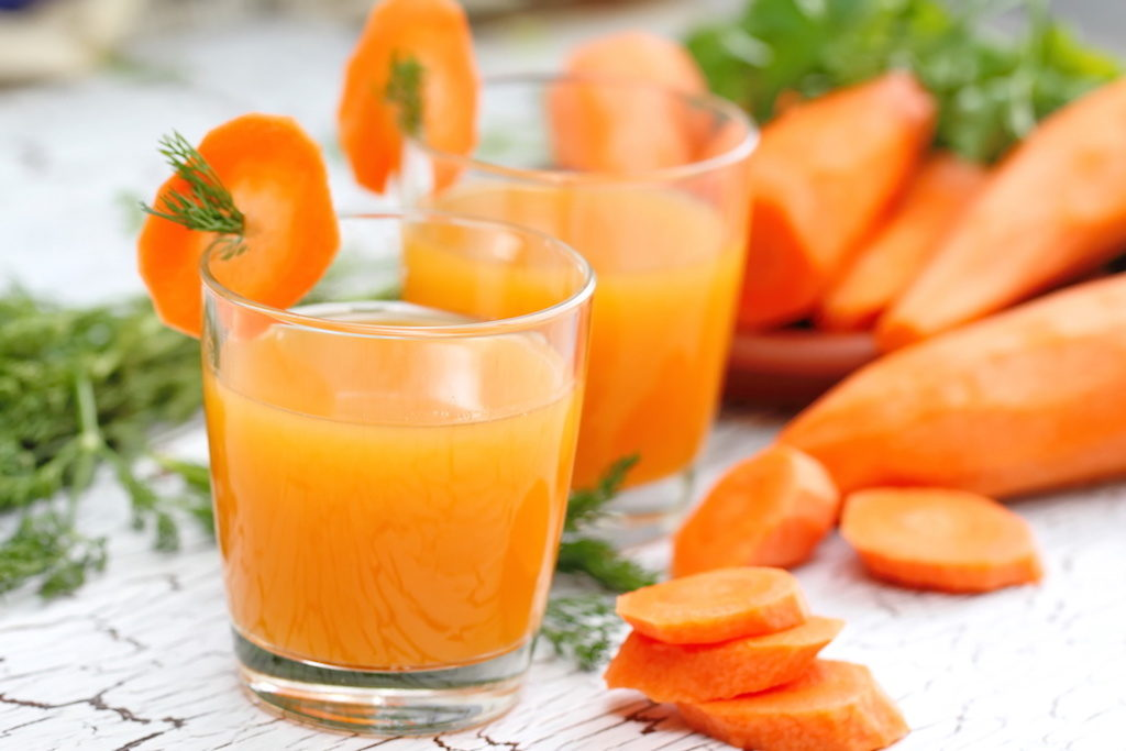 How to Treat Acne Scars With Carrot Juice