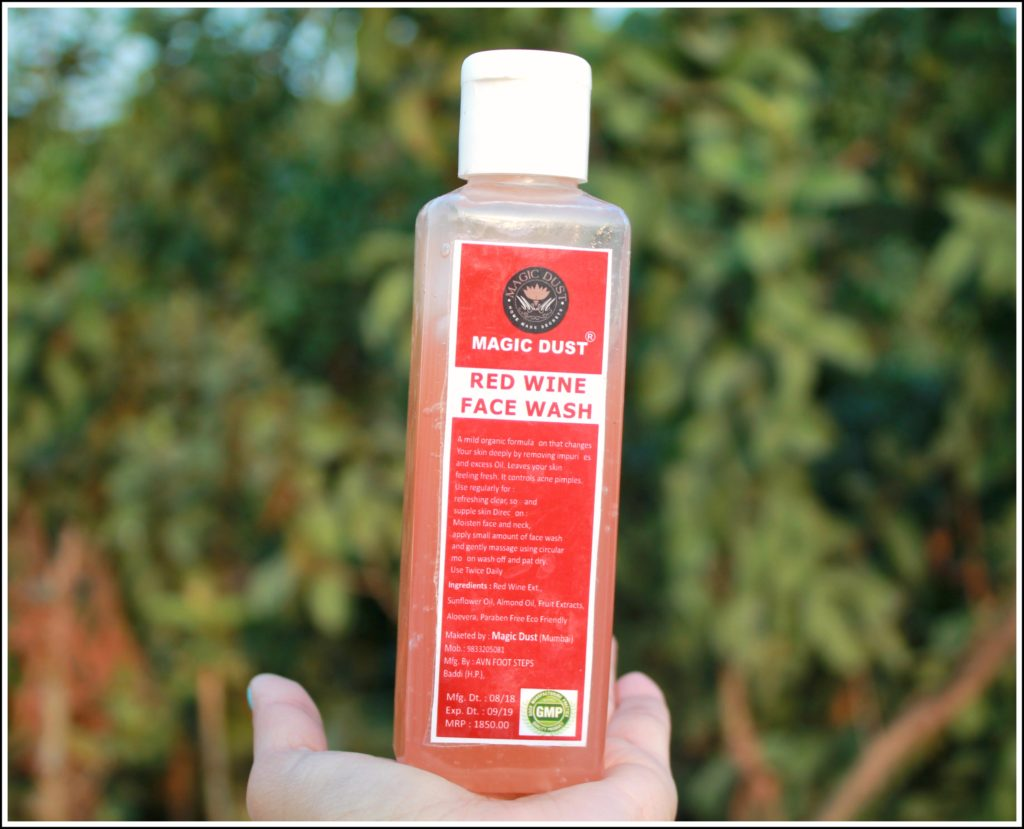 Magic Dust Red Wine Face Wash Review