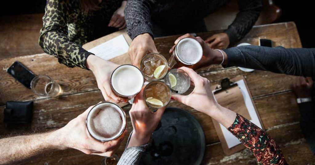 Five Differences Between Social Drinking And Alcoholism