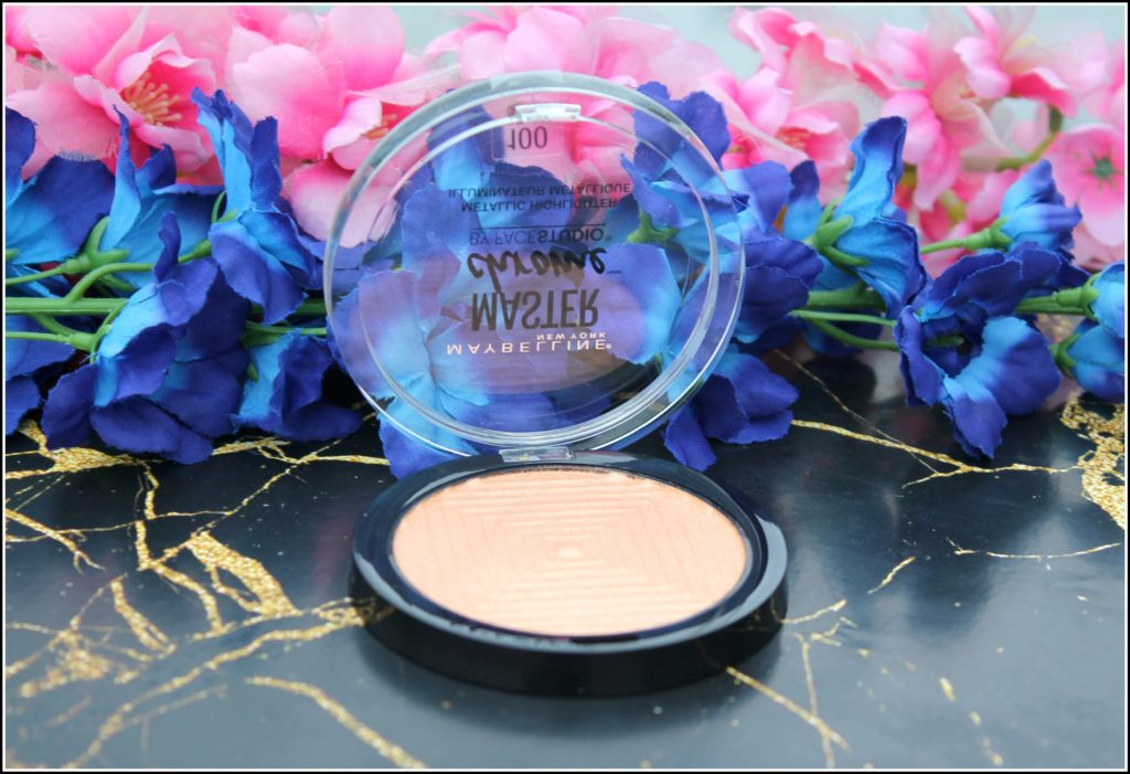 Maybelline New York Face Studio Master Chrome Metallic Highlighter - Molten Gold: Review & Swatches